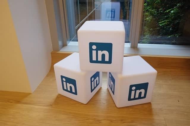 ¿Cómo te mueves en Linkedin?¿Todos, conocidos o las élites?
